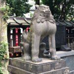 下谷神社【マッチョな狛犬とはしゃぐ社務所】