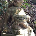 宇賀神社【構えのくせにかわいい狛犬】